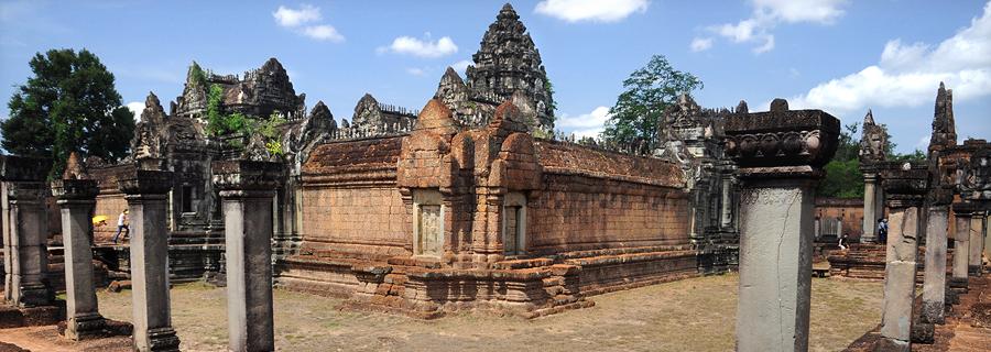 Angkor classical flat temple Banteay Samré