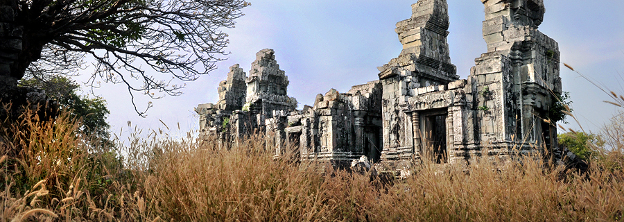 Khmer temple Phnom Bok in Angkor, off the beaten track