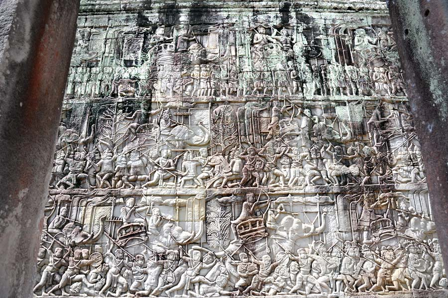 Bayon bas-relief army in battle